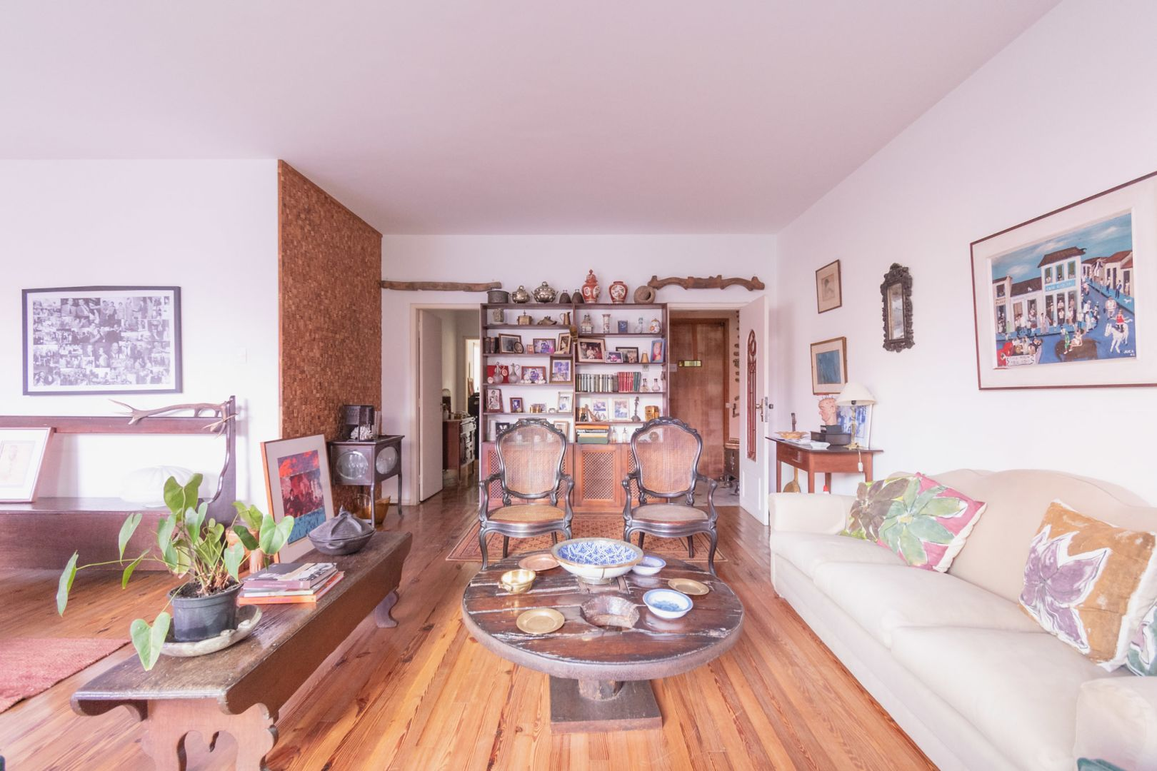 Imagem do Apartamento ID-2558 na Rua Rainha Guilhermina, Leblon, Rio de Janeiro - RJ