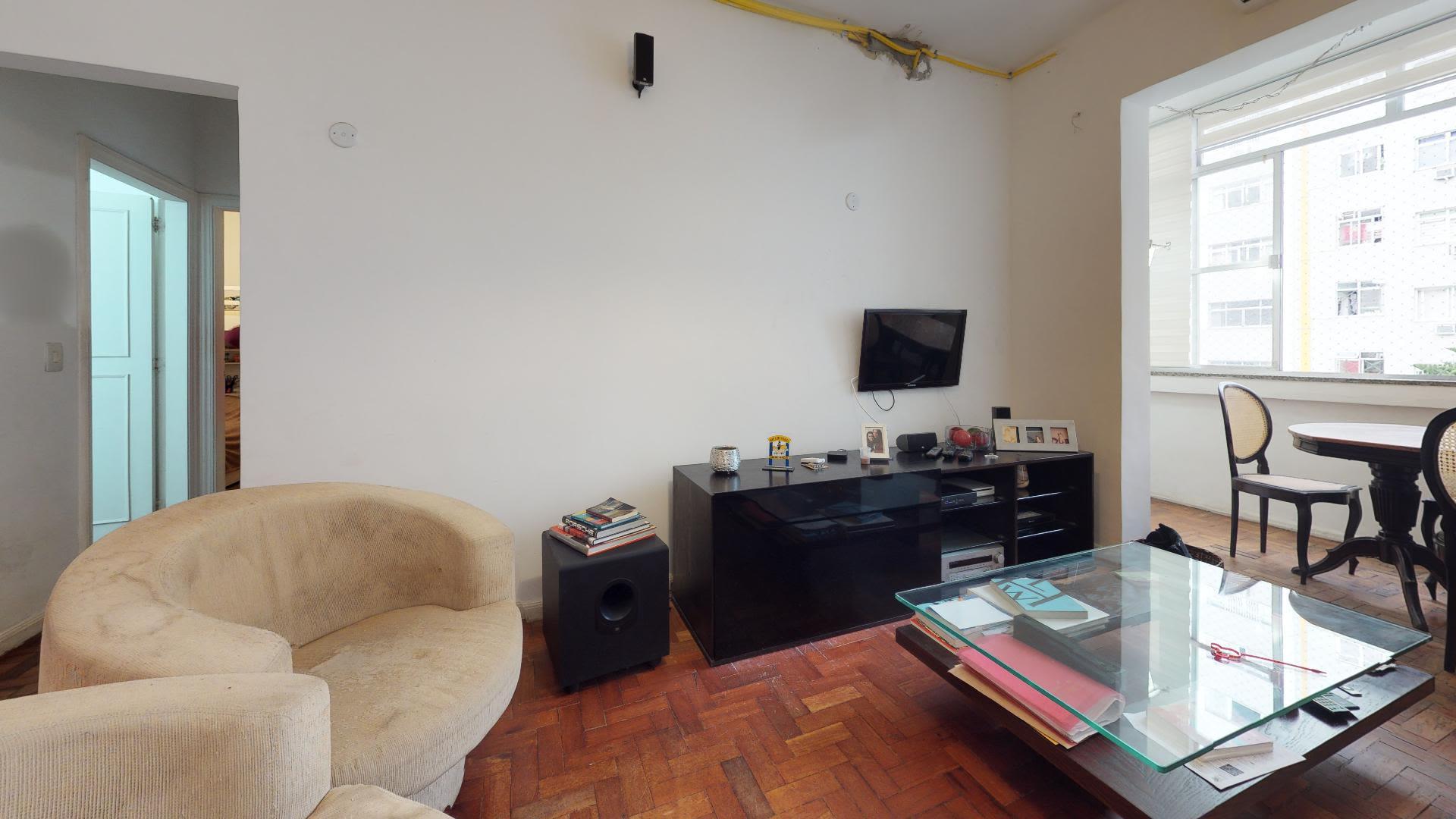 Imagem do Apartamento ID-825 na Rua Bulhões de Carvalho, Copacabana, Rio de Janeiro - RJ