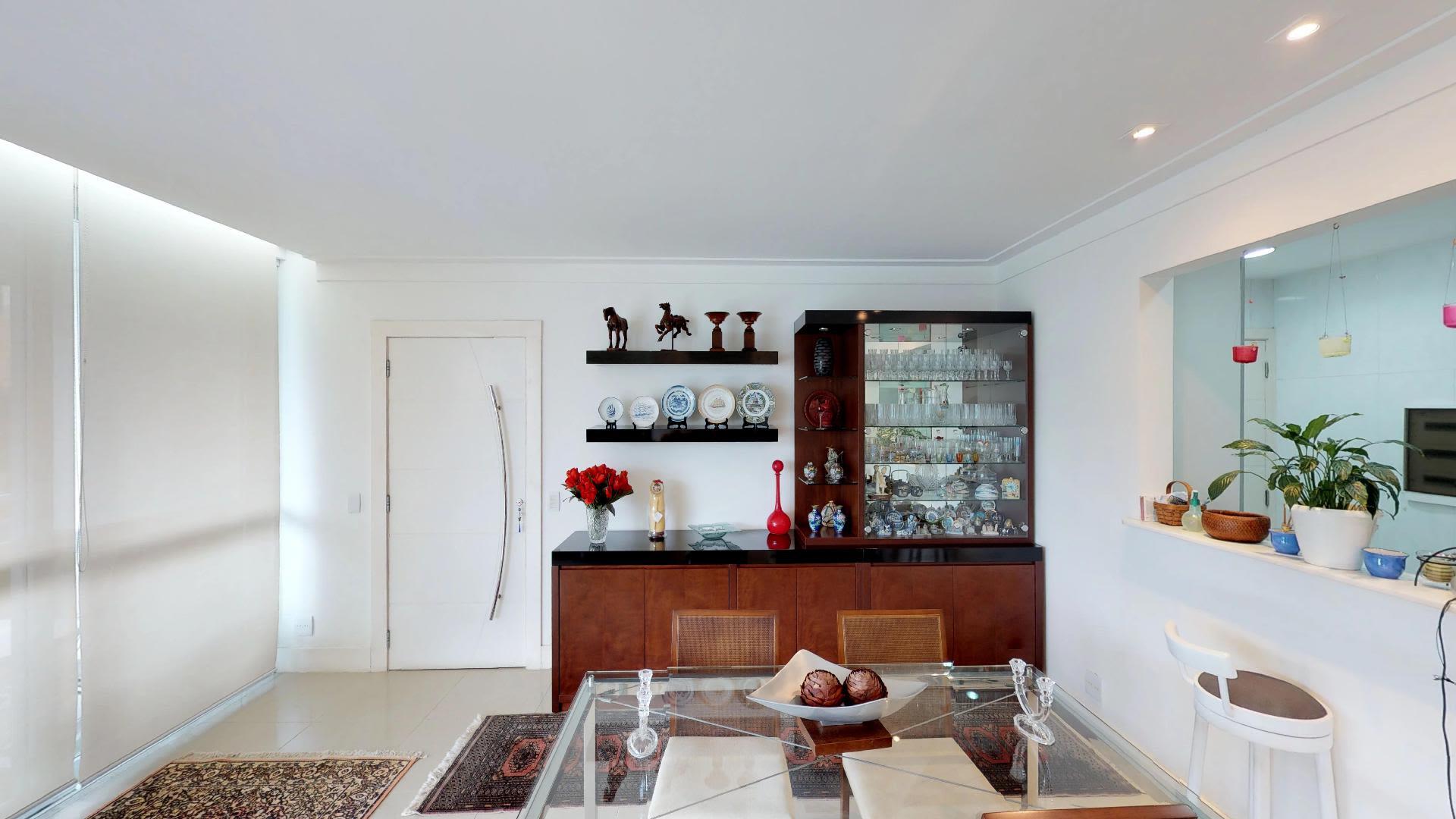 Imagem do Apartamento ID-370 na Rua Casuarina, Humaitá, Rio de Janeiro - RJ