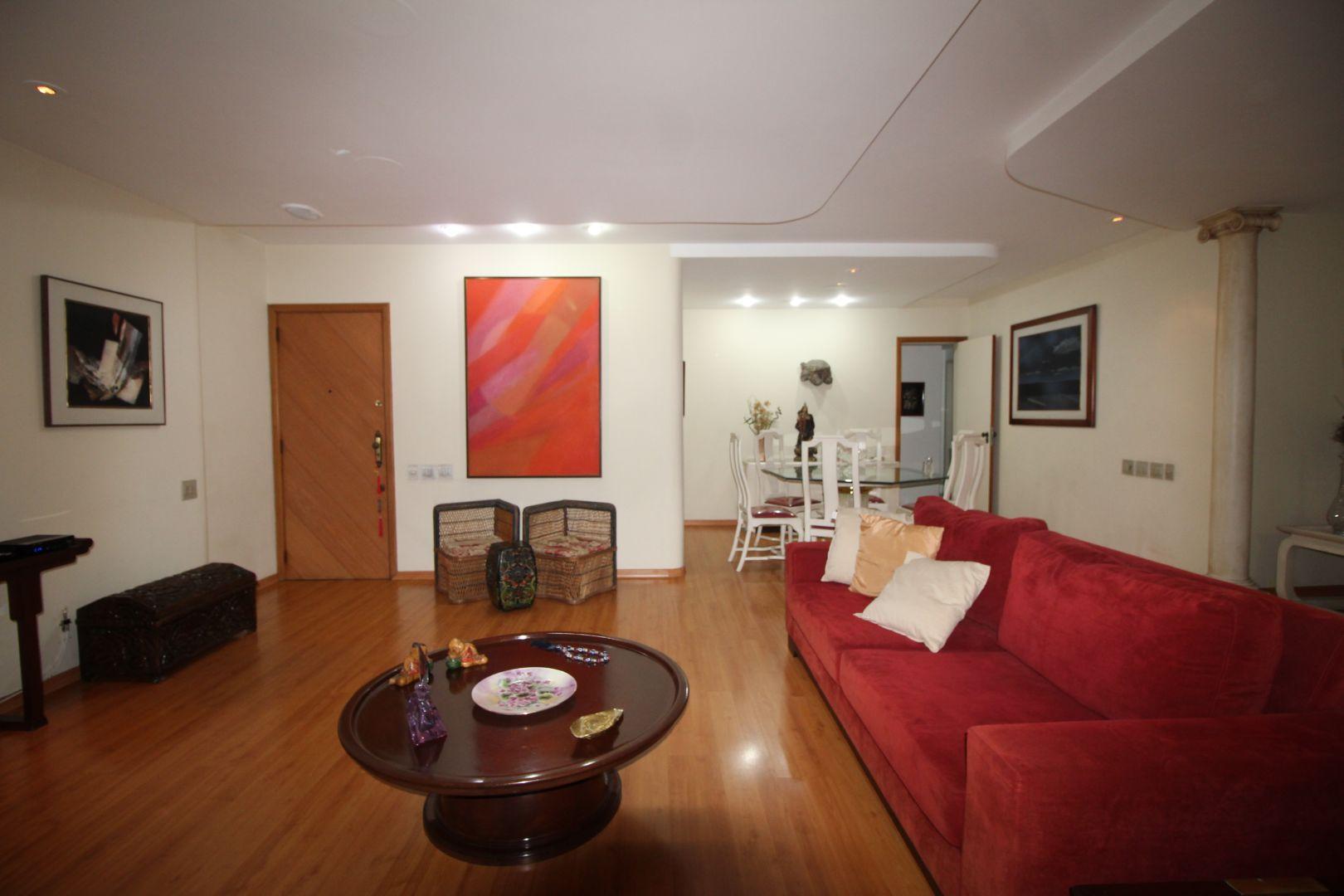 Imagem do Apartamento ID-142 na Avenida Oswaldo Cruz, Flamengo, Rio de Janeiro - RJ