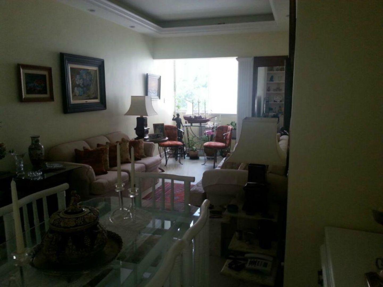 Imagem do Apartamento ID-1096 na Rua Pereira da Silva, Laranjeiras, Rio de Janeiro - RJ