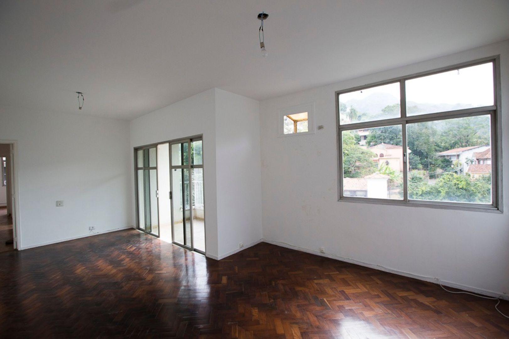 Imagem do Apartamento ID-3739 na Rua Cosme Velho, Cosme Velho, Rio de Janeiro - RJ