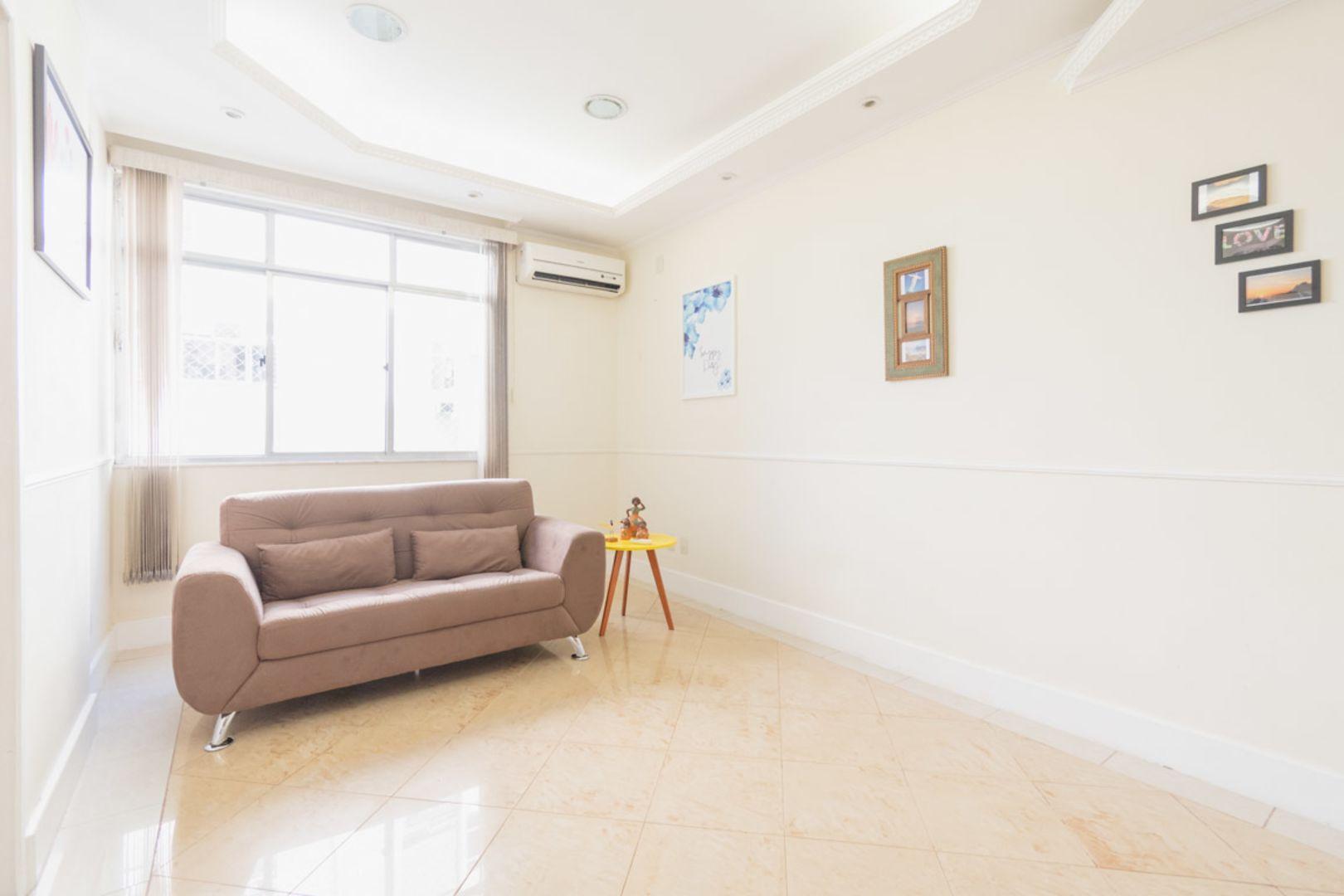 Imagem do Apartamento ID-1797 na Avenida Epitácio Pessoa, Lagoa, Rio de Janeiro - RJ