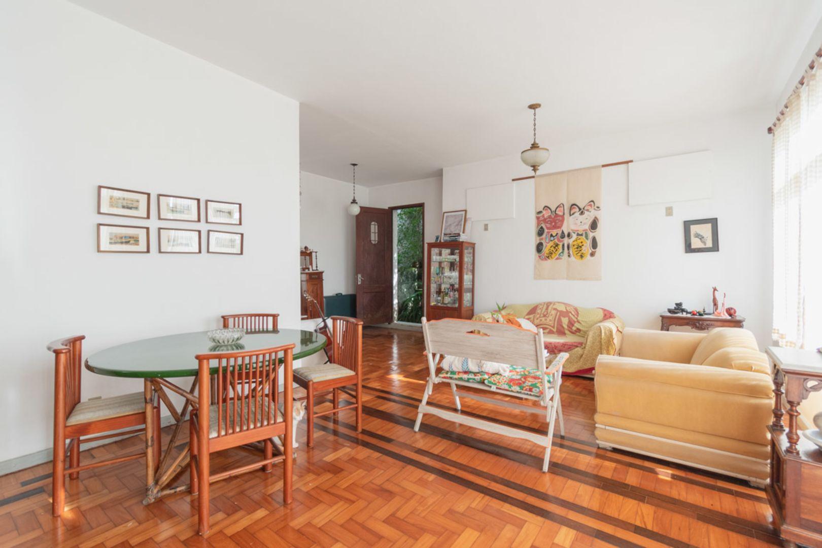 Imagem da Casa ID-2175 na Rua Tobias do Amaral, Cosme Velho, Rio de Janeiro - RJ
