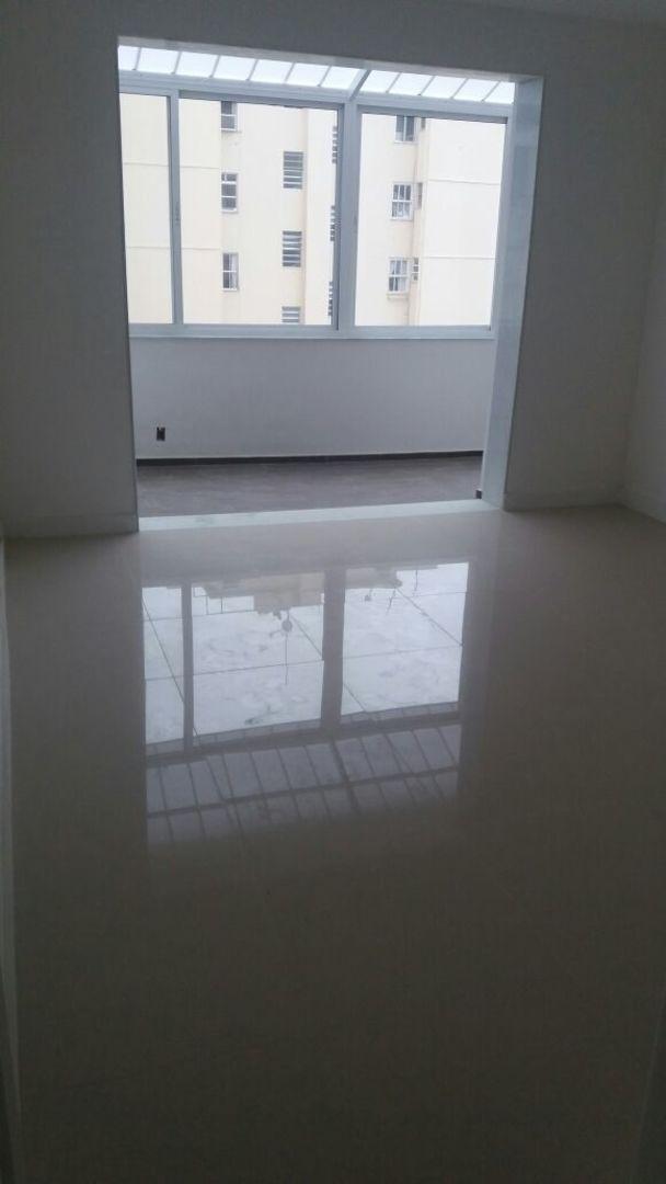 Imagem do Apartamento ID-811 na Avenida Prado Júnior, Copacabana, Rio de Janeiro - RJ