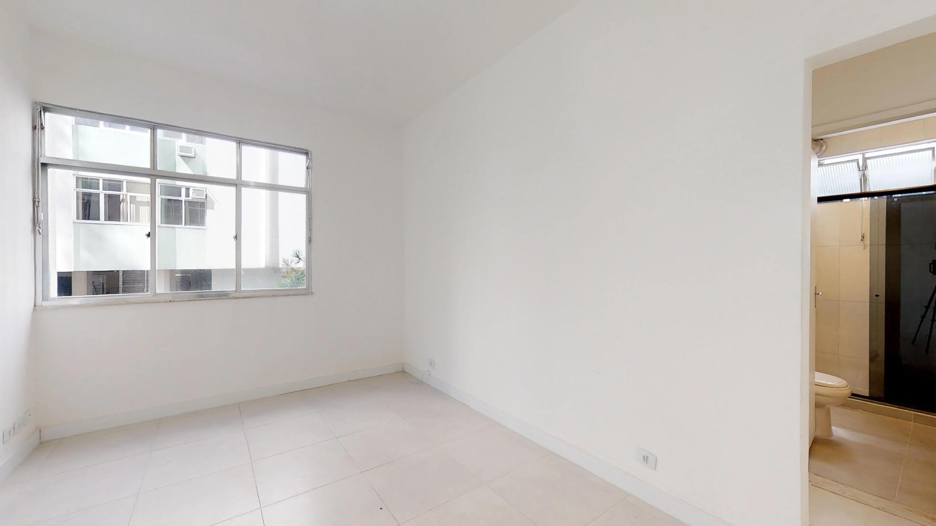 Imagem do Apartamento ID-2641 na Avenida Epitácio Pessoa, Lagoa, Rio de Janeiro - RJ