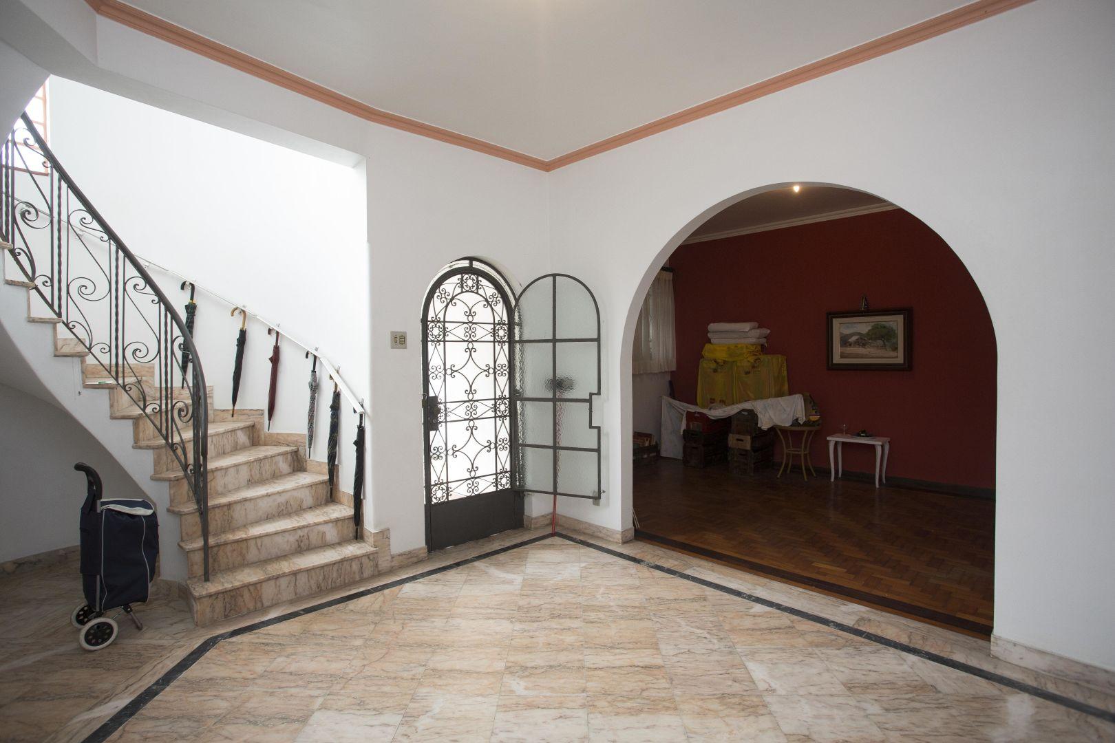 Imagem da Casa ID-2458 na Rua Engenheiro Pena Chaves, Jardim Botânico, Rio de Janeiro - RJ
