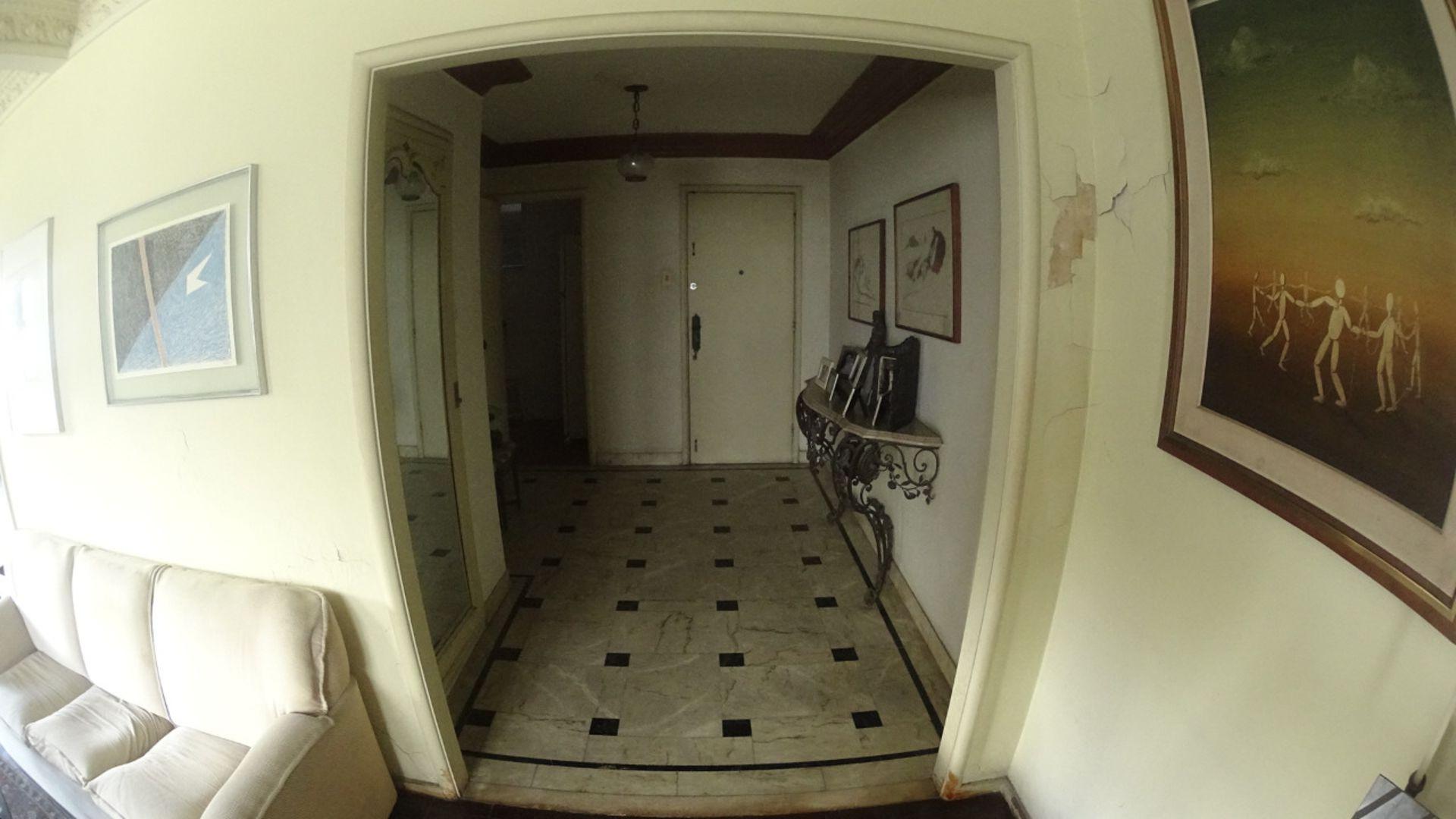 Imagem do Apartamento ID-2211 na Rua Djalma Ulrich, Copacabana, Rio de Janeiro - RJ
