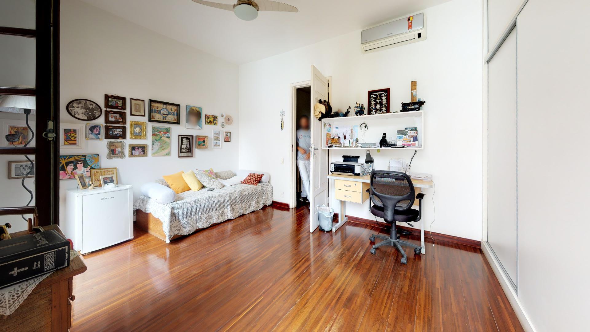 Imagem da Casa ID-1290 na Rua Real Grandeza, Botafogo, Rio de Janeiro - RJ