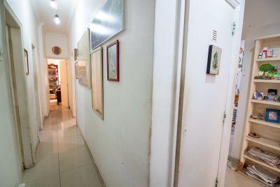 Imagem do imóvel ID-9191 na Rua das Laranjeiras, Laranjeiras, Rio de Janeiro - RJ