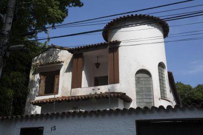Imagem do imóvel ID-2458 na Rua Engenheiro Pena Chaves, Jardim Botânico, Rio de Janeiro - RJ