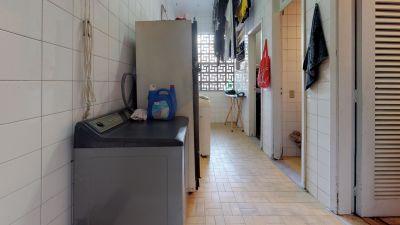 Imagem do imóvel ID-9693 na Rua Soares Cabral, Laranjeiras, Rio de Janeiro - RJ