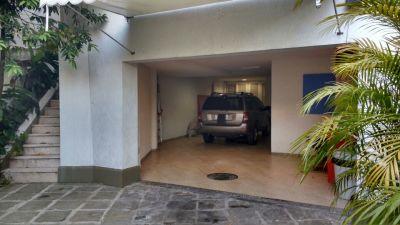 Imagem do imóvel ID-486 na Rua Conselheiro Lampreia, Cosme Velho, Rio de Janeiro - RJ