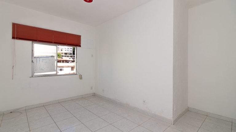 Imagem do imóvel ID-14530 na Rua das Laranjeiras, Laranjeiras, Rio de Janeiro - RJ