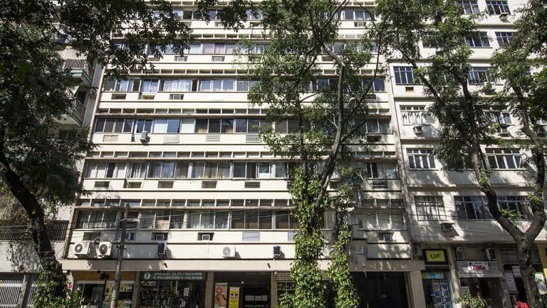 Imagem do imóvel ID-15858 na Rua das Laranjeiras, Laranjeiras, Rio de Janeiro - RJ