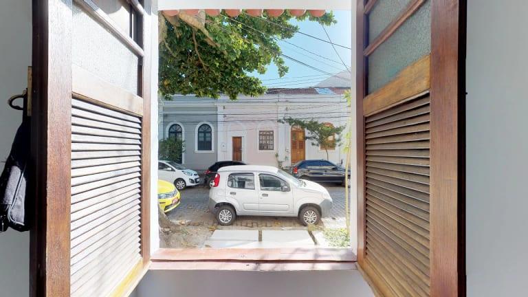 Imagem do imóvel ID-316 na Rua Caminhoá, Jardim Botânico, Rio de Janeiro - RJ