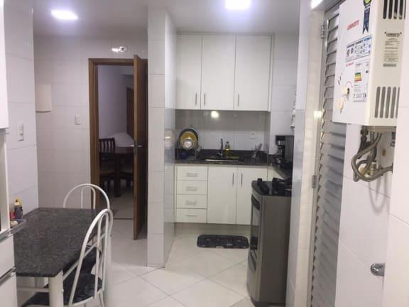 Imagem do imóvel ID-23486 na Avenida Prado Júnior, Copacabana, Rio de Janeiro - RJ