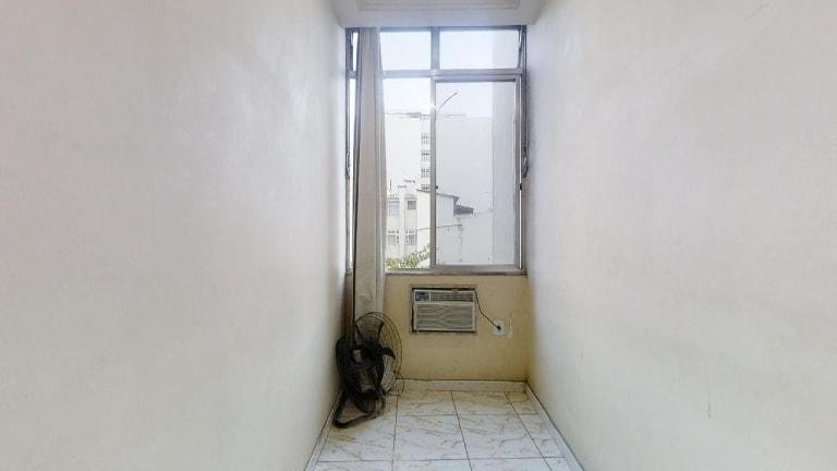 Imagem do imóvel ID-23723 na Rua Figueiredo de Magalhães, Copacabana, Rio de Janeiro - RJ