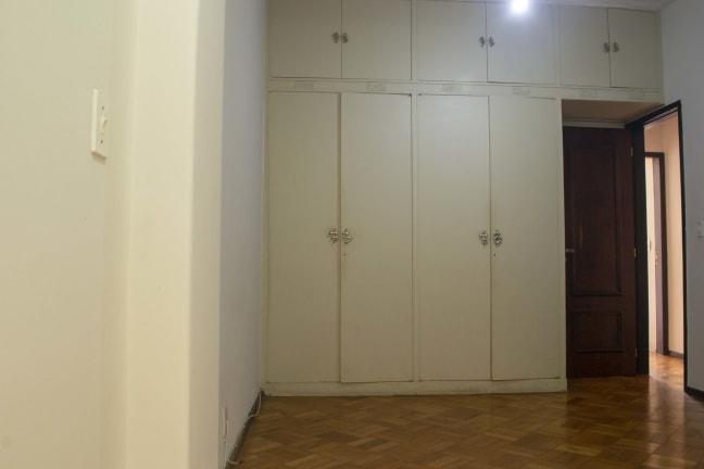 Imagem do imóvel ID-13856 na Rua Soares Cabral, Laranjeiras, Rio de Janeiro - RJ