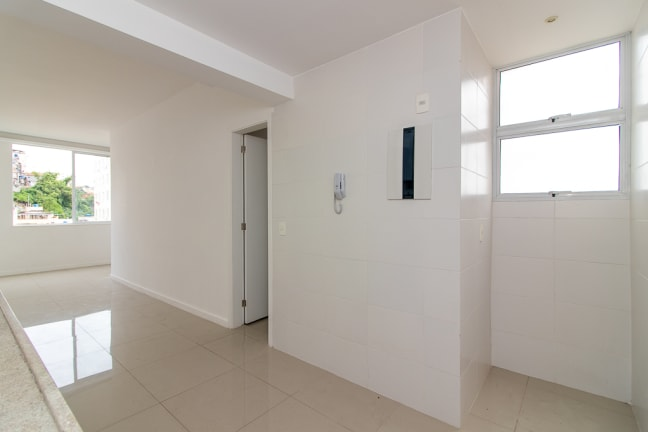 Imagem do imóvel ID-13989 na Rua Andrade Pertence, Catete, Rio de Janeiro - RJ