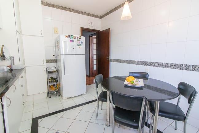 Imagem do imóvel ID-11826 na Rua das Laranjeiras, Laranjeiras, Rio de Janeiro - RJ