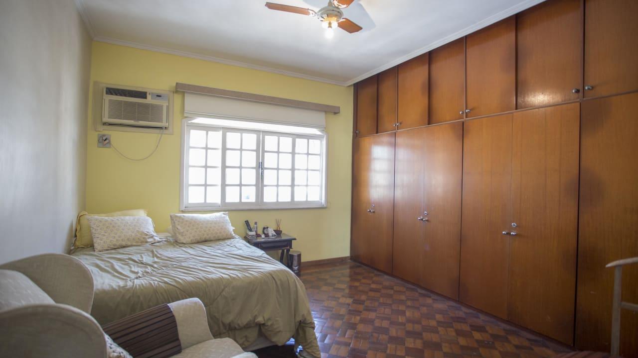 Imagem do imóvel ID-12638 na Avenida São Sebastião, Urca, Rio de Janeiro - RJ