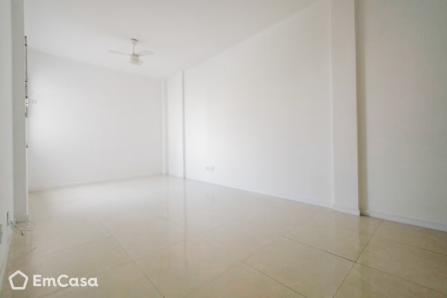 Imagem do imóvel ID-32818 na Rua Souza Franco, Vila Isabel, Rio de Janeiro - RJ