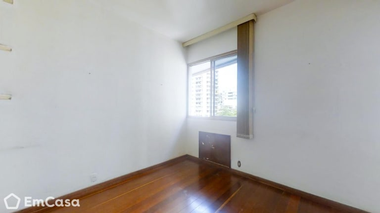 Imagem do imóvel ID-33486 na Rua Frei Leandro, Lagoa, Rio de Janeiro - RJ