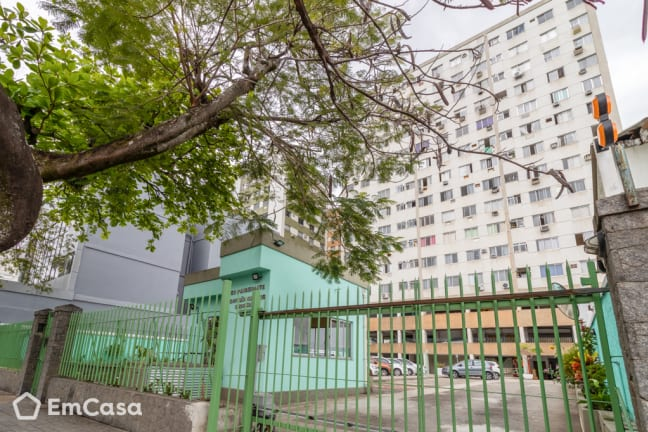Imagem do imóvel ID-33098 na Rua Domingos Freire, Todos os Santos, Rio de Janeiro - RJ