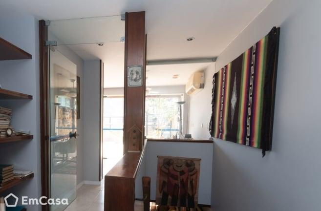 Imagem do imóvel ID-33459 na Avenida General Guedes da Fontoura, Barra da Tijuca, Rio de Janeiro - RJ