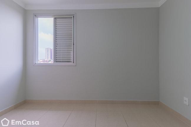 Imagem do imóvel ID-33184 na Avenida Ouro Fino, Bosque dos Eucaliptos, São José dos Campos - SP