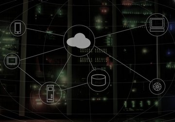 Moving to the Cloud: Advantages of Cloud Computing and Major Risks to Eliminate During Migration