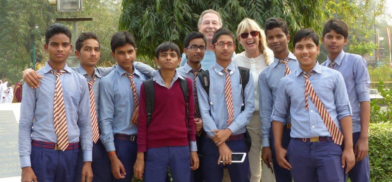 Indienreise Erfahrungsbericht - Wir und die Schulkinder