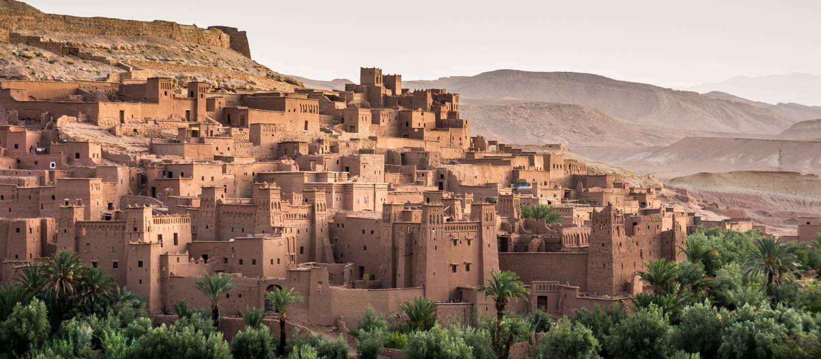 Ait Benhaddou Kasbah im Morgengrauen, Hoher Atlas-Gebirge, Marokko, Afrika