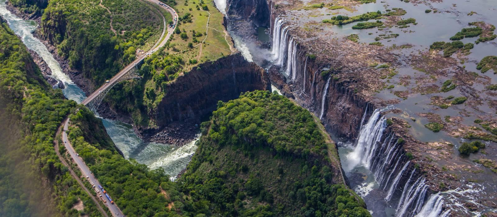Victoria falls in Zimbabwe, Africa - Best time to visit Zimbabwe
