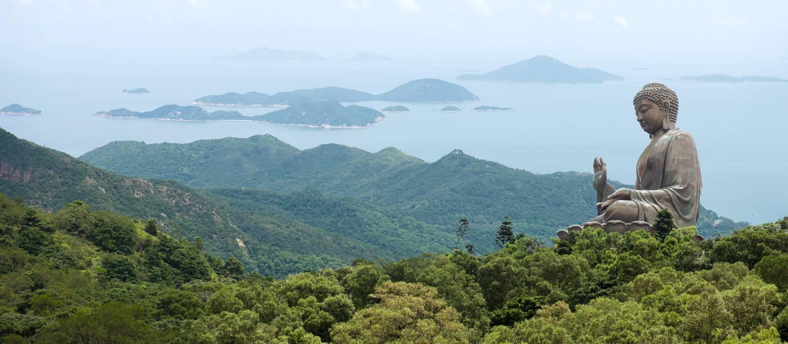 Hongkong,Po Lin Klosters mit blauem Himmel, Asien