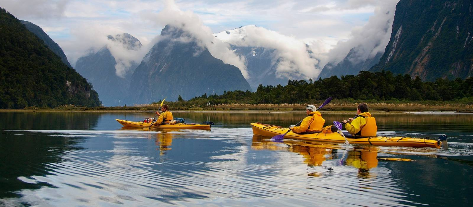Is New Zealand safe? Kayaking in Milford Sound