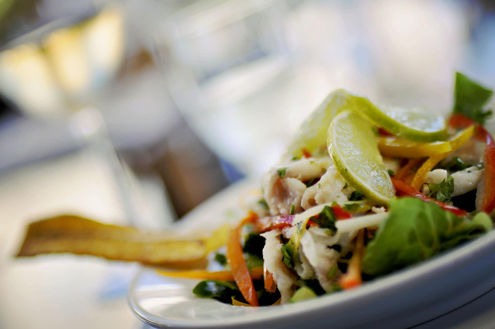 Auf Ihrer Peru Rundreise sollten Sie unbedingt Ceviche probieren