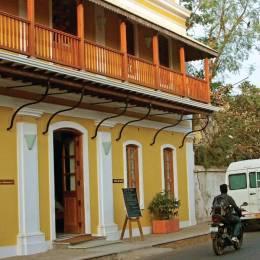 Enchanting Travels - South India Tours - Pondicherry - Palais De Mahe - Outside