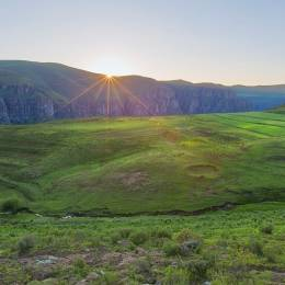 Lesotho Tours with Enchanting Travels take you one thousand meters above sea level to see spectacular scenery and relics of bygone eras.