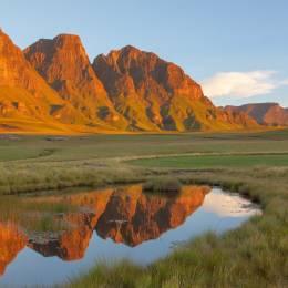 Afrique Lesotho Les Trois Bushmen à Sehlabathebe NP au Lesotho Voyages enchanteurs