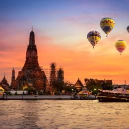 Wat arun in sunset at Bangkok,Thailand Asia