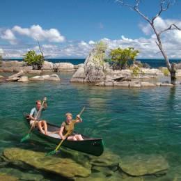 Canoe trip at Nkwichi at Lake Malawi