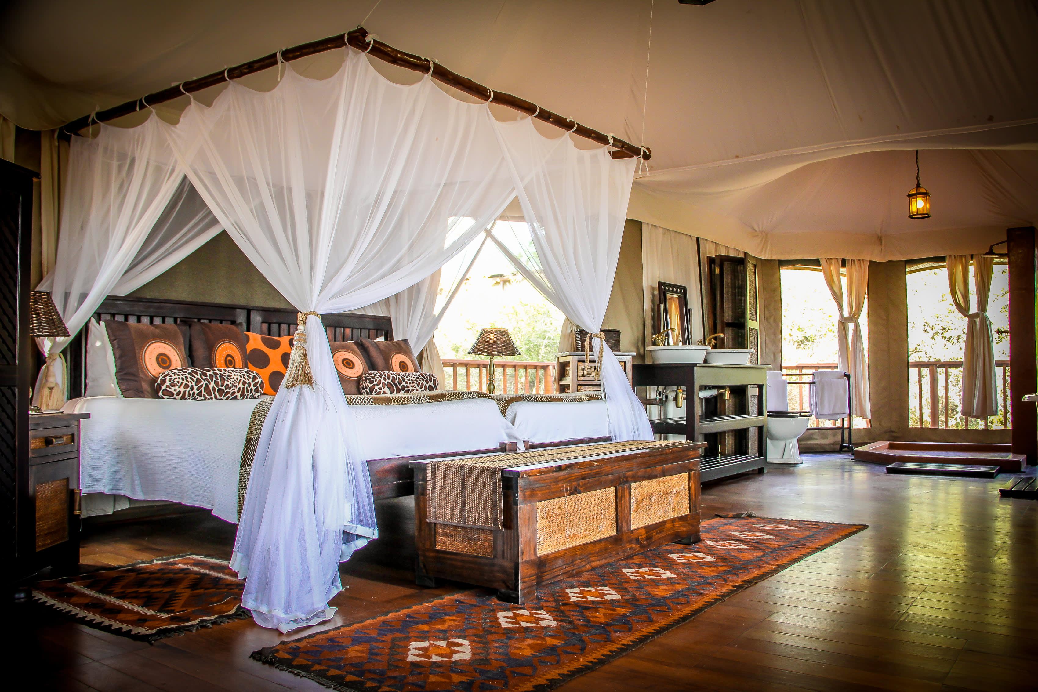 Zimmerausstattung eines Camps in Afrika