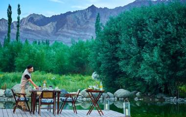 Discover Luxury Camping in the Himalayas!