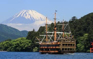 Enchanting Travels Japan Tours Hakone The Hakone Sightseeing Cruise (Hakone Pirate Ship) sails on the Ashinoko Lake with Mt. Fuji