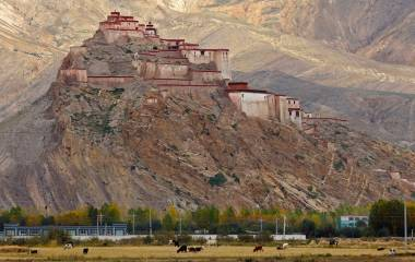 Tibet Tours Landmark in Tibet fort of Gyantse Asia