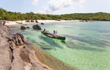 Enchanting-Travels-Mozambique-Tours-Lake-Malawi-Nkwichi-Lodge-Boat-Guide
