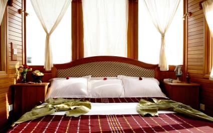 Cruises in Asia - Amara Cruise - Cabin