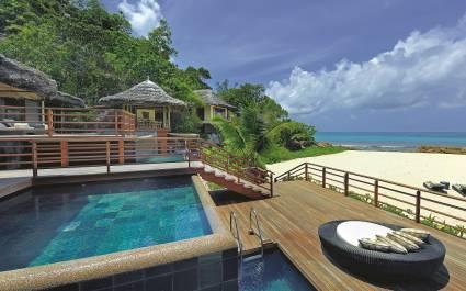 Pool at Constance Lemuria Resort Hotel in Praslin Island, Seychellen